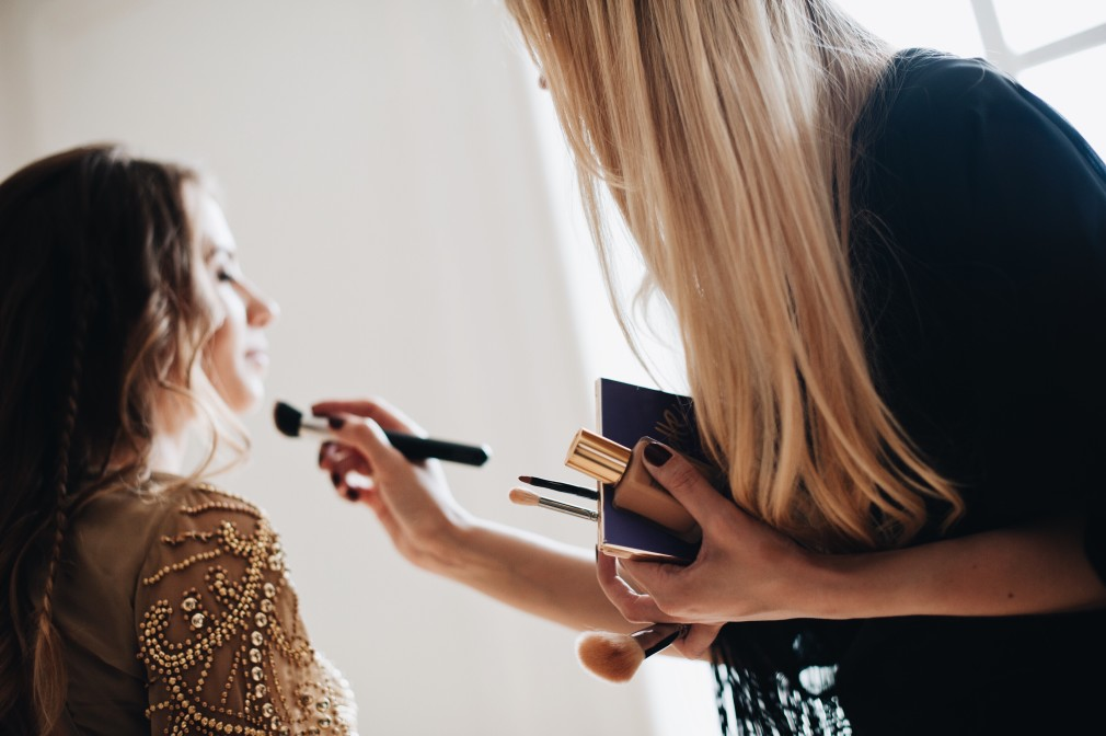 personal grooming and make up